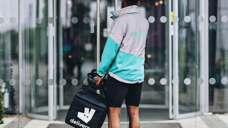 Deliveroo launches Ramadan donation campaign with Emirates Red Crescent