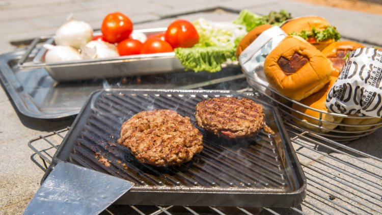 Deliveroo and Just Burger cook a burger in the heat of the sun